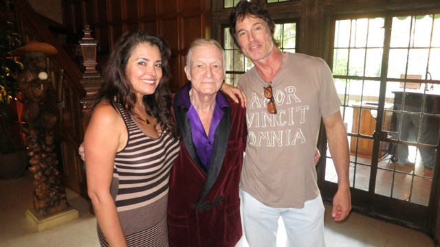 Dexter meet hef devronns blog it was a fun movie night at the playboy mansion for ronn and i had the pleasure of introducing hef to one of his favorite tv stars michael c hall who m4hsunfo